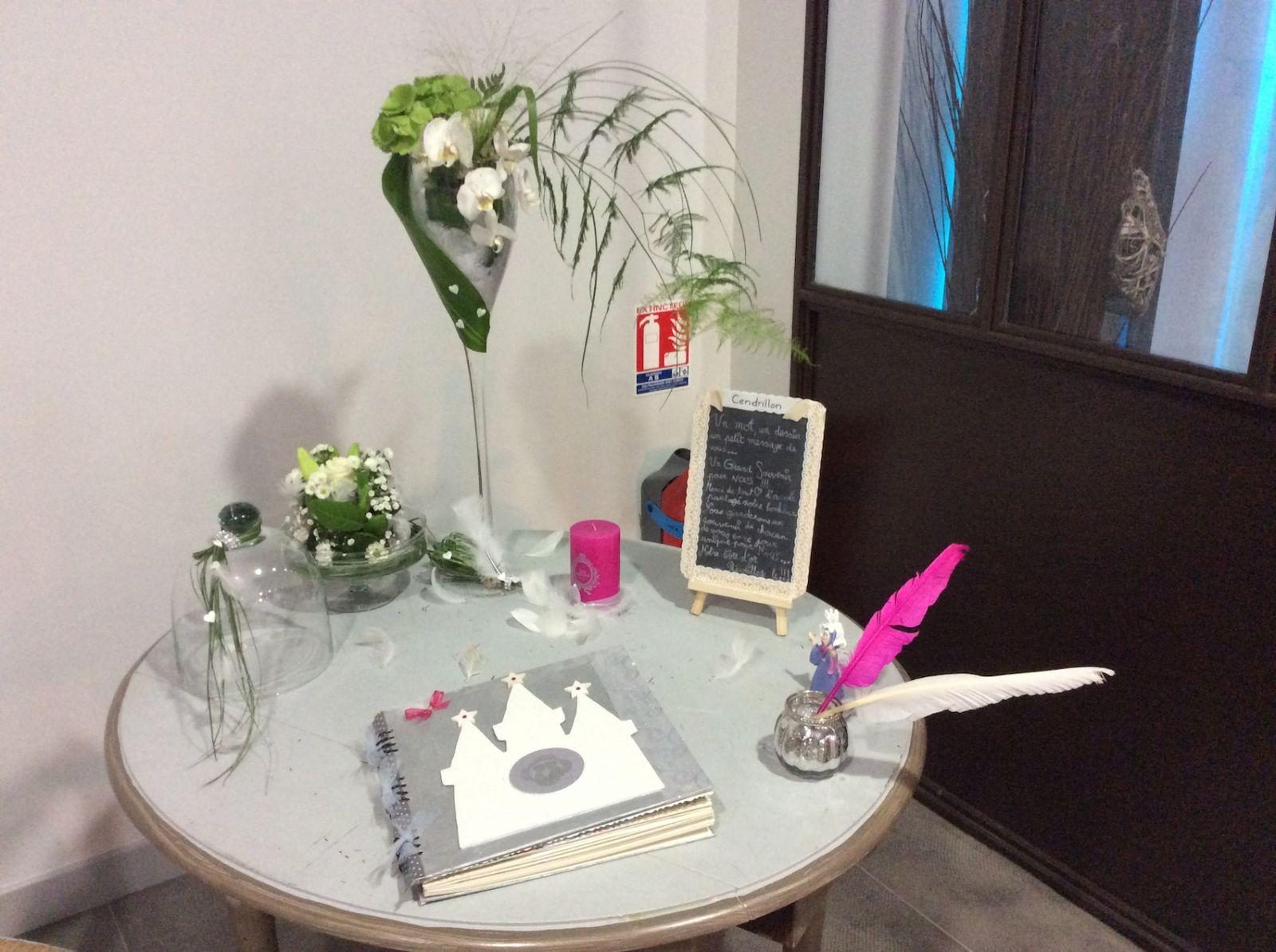 mariage livre d 39 or et urne avignon la bastide malaugo. Black Bedroom Furniture Sets. Home Design Ideas